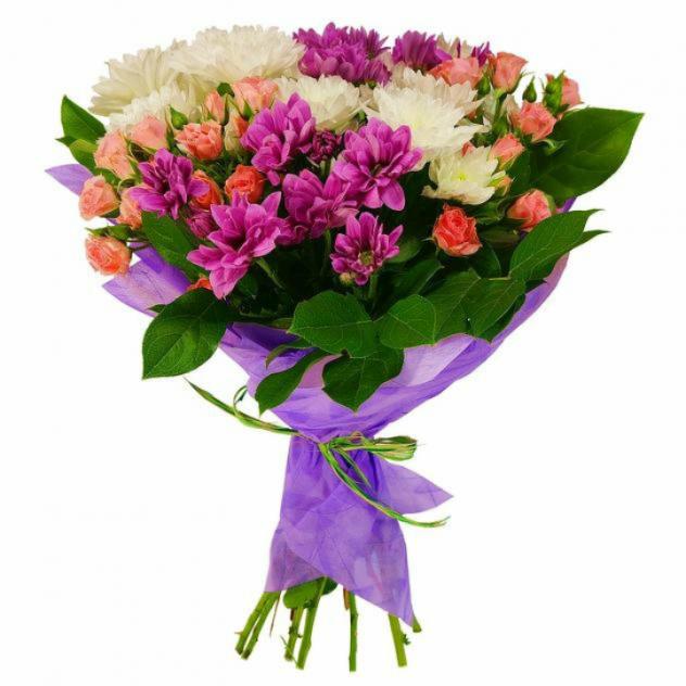 Букет из кустовых роз и хризантемы