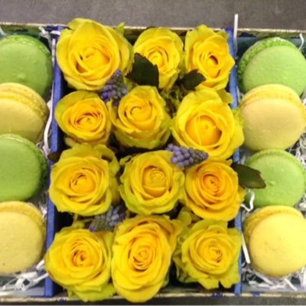 Flowerbox из желтых роз